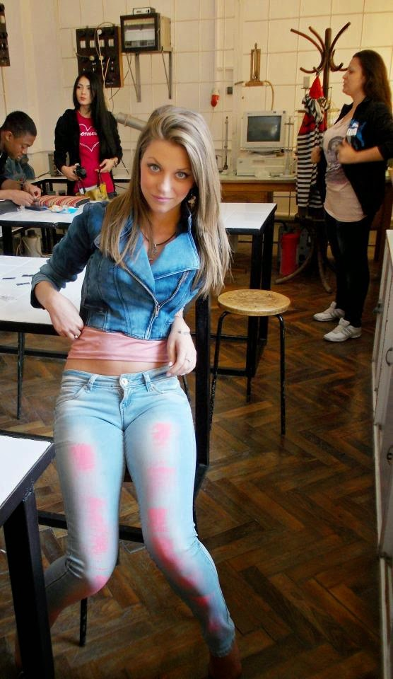 Girls With Big Butt In Jeans  Mujeres Bellas En La Calle-2185
