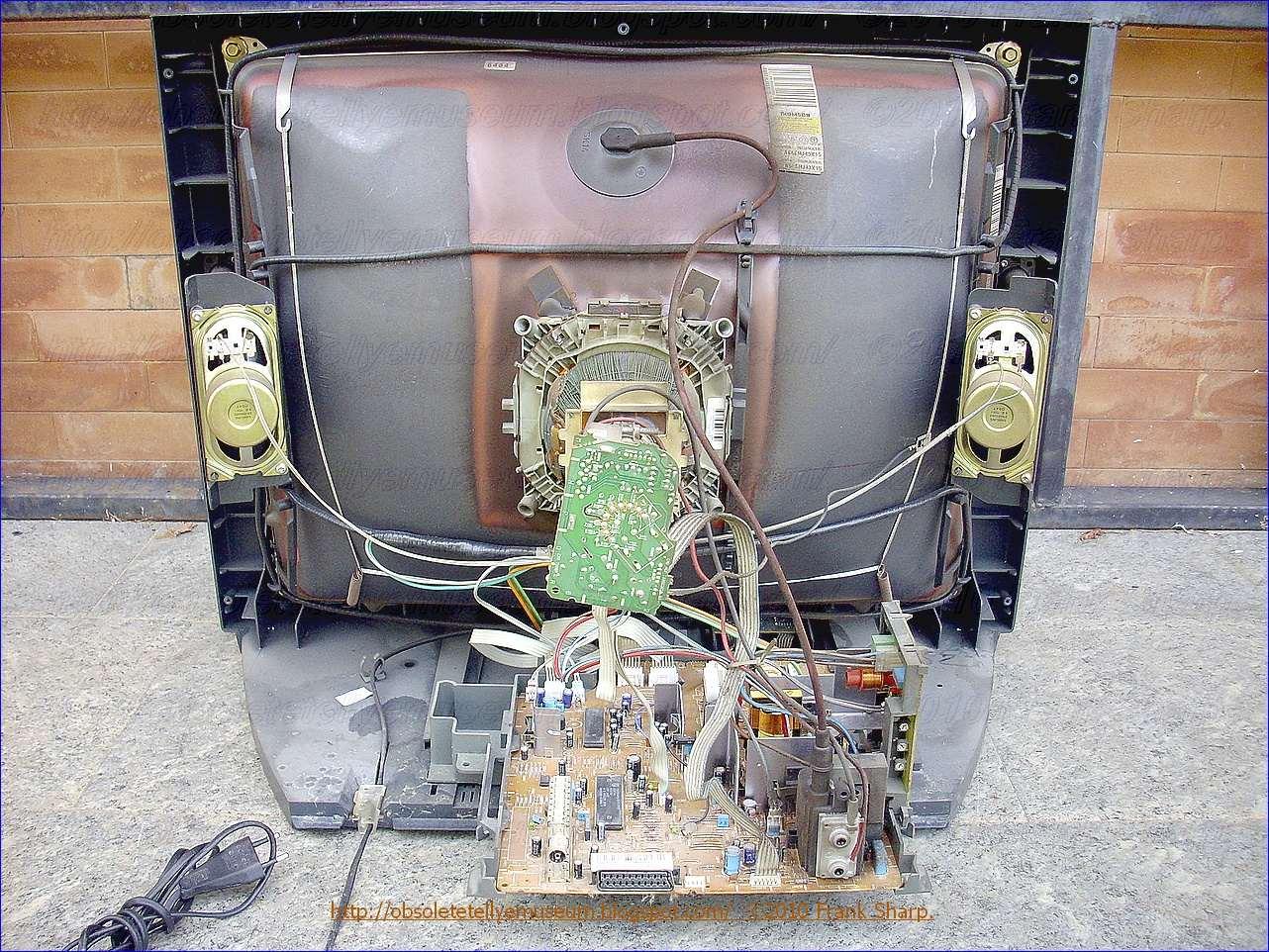 wiring diagram on spa obsolete technology tellye thomson 28dg17e blackpearl 413 on spa motor  [ 1282 x 962 Pixel ]