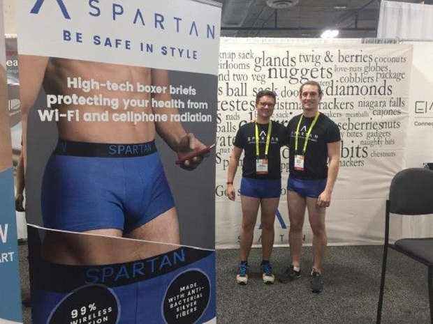 Celana dalam Alias Sempak Pintar Ini Siap Lindungi Sperma dari Radiasi Smartphone