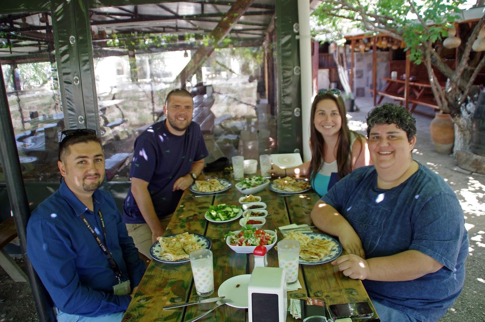 Tour group at Dayuranlar Restaurant Gallipoli