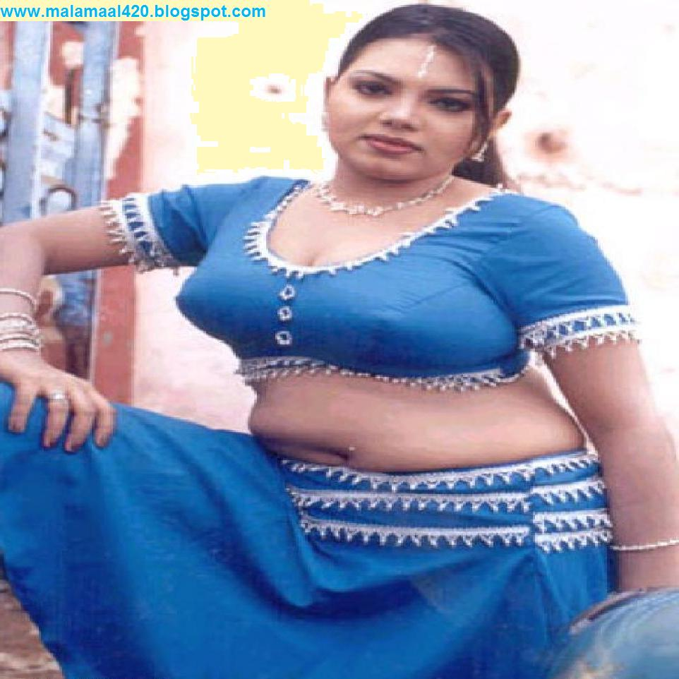 Mallu Aunty Hot In Blue Blouse  Bra Hot Pictures  Sexy -4285