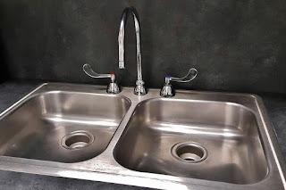 Tips Perawatan Kitchen Sink Agar Tetap Awet