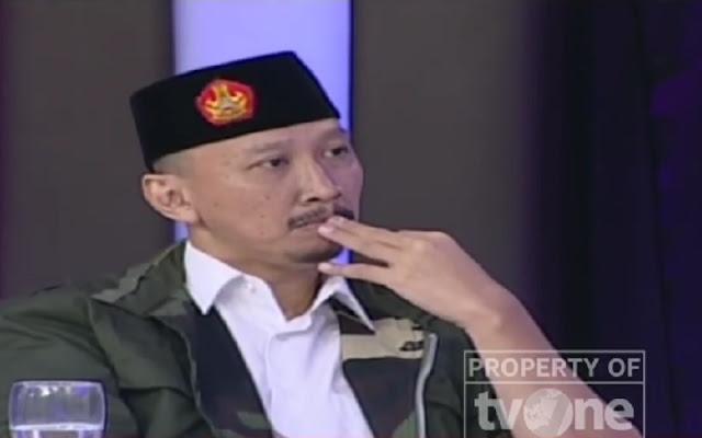 Abu Janda Laporkan Rocky Gerung ke Polisi, Warganet: Laporkan Sekalian Guntur Romli Dong!
