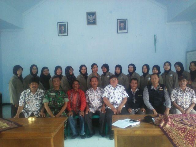 Babinsa Desa Banyuurip Dampingi KKN Mahasiswa IKIP Veteran Semarang