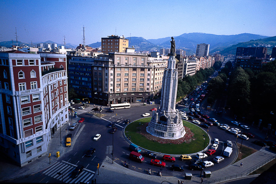 Plaza del Sagrado Corazon. Bilbao