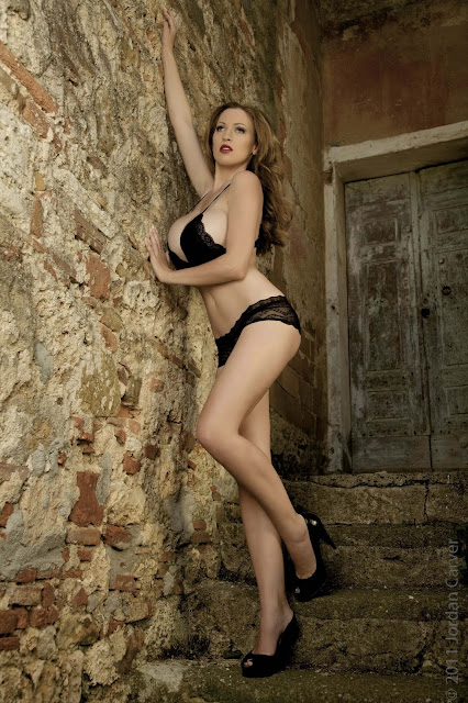 hot-Jordan-Carver-Last-Night-sexy-photoshoot-HD-Image-5