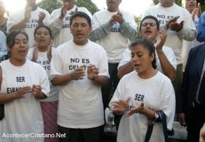 Evangélicos indígenas de Chiapas protestan