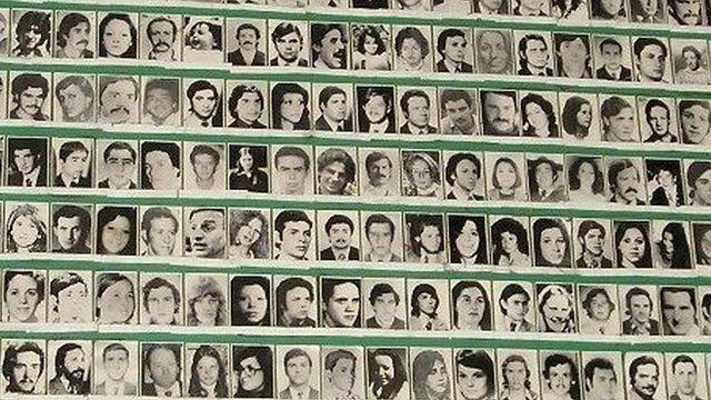 ribuan para korban pembantaian junta militer argentina