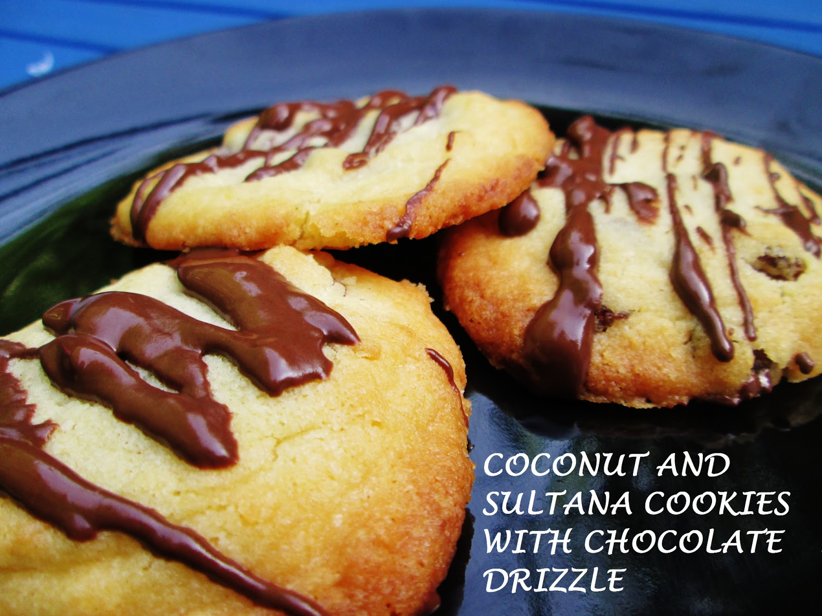 http://themessykitchenuk.blogspot.co.uk/2013/07/coconut-and-sultana-cookies-with.html