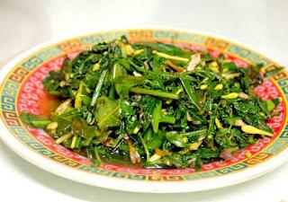 resep olahan daun pepaya,bumbu masak daun pepaya,resep makanan dari daun pepaya,cara membuat tumis daun pepaya,cara memasak tumis daun singkong,tumis daun pepaya agar tidak pahit,