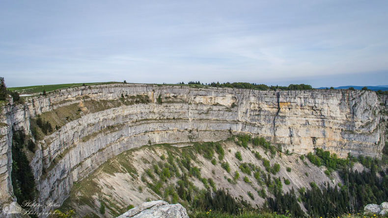 Creux du Van, un 'anfiteatro' de roca gigantesco | Suiza