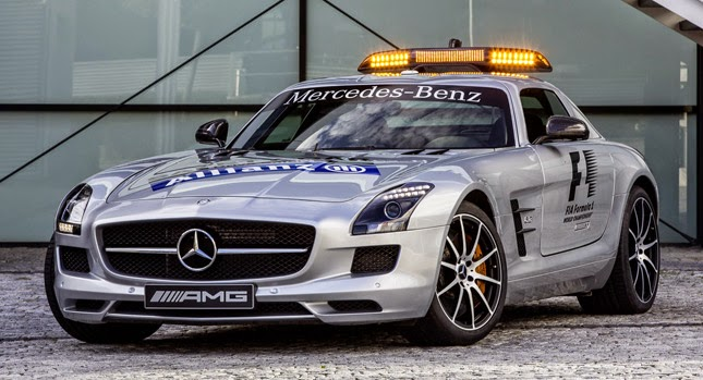 OTONEWS - Formula 1 racing event now has a new safety car. Mercedes-Benz AMG GT S will replace her sister, Mercedes SLS AMG to be a safety car at the F1 race this year.