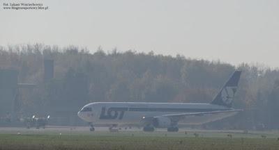 Boening 767 SP-PLB z PLL LOT w Krakowie