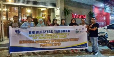 Mempererat Silaturrahmi, Mahasiswa Fhisip Periode 2018 Gelar Bukber Dengan Ka. UPJJ – UT Padang