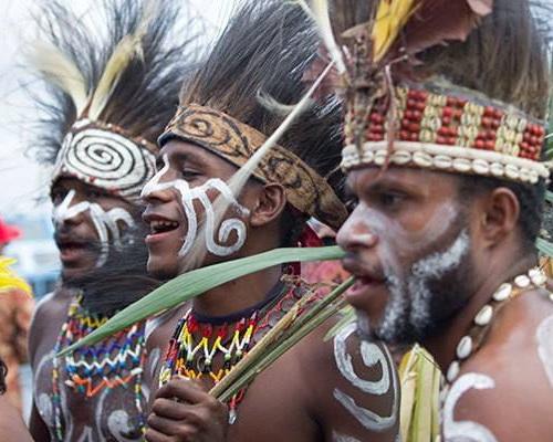 Travel.Tinuku.com Lake Sentani Festival an annual folk cultural every June on Kalkhote beach, Jayapura, Papua