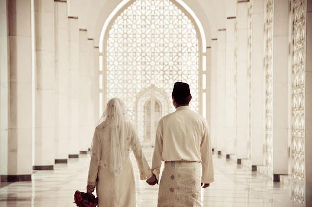 Cinta itu Makanan Jiwa, Entah Halal atau Haram, Kamu yang Menentukan!