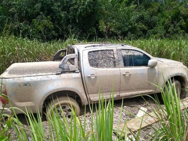 Caminhonete roubada em Ariquemes é recuperada pela PM