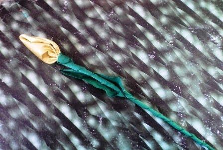cara membuat bunga dari kain perca / kain sisa