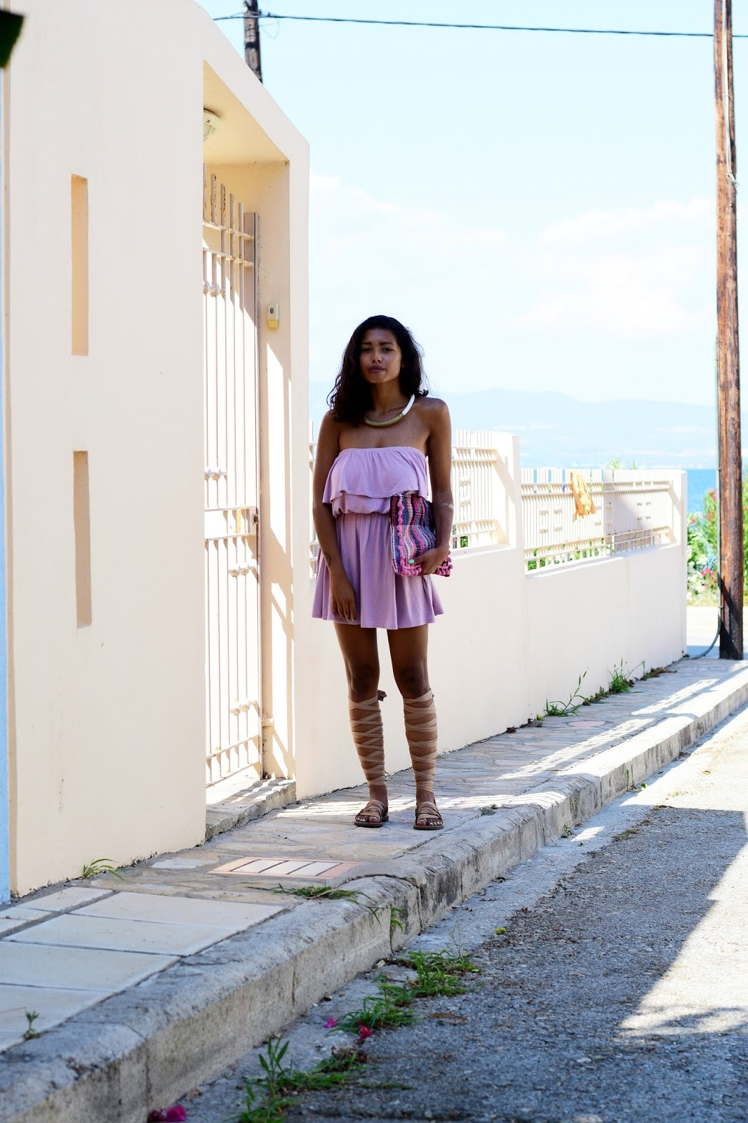 outfit ideas for ruffle dresses in summer
