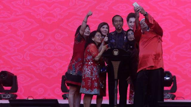 Pemilih Islam Jokowi Menurun, Pemilih Non-Muslim Melonjak Drastis