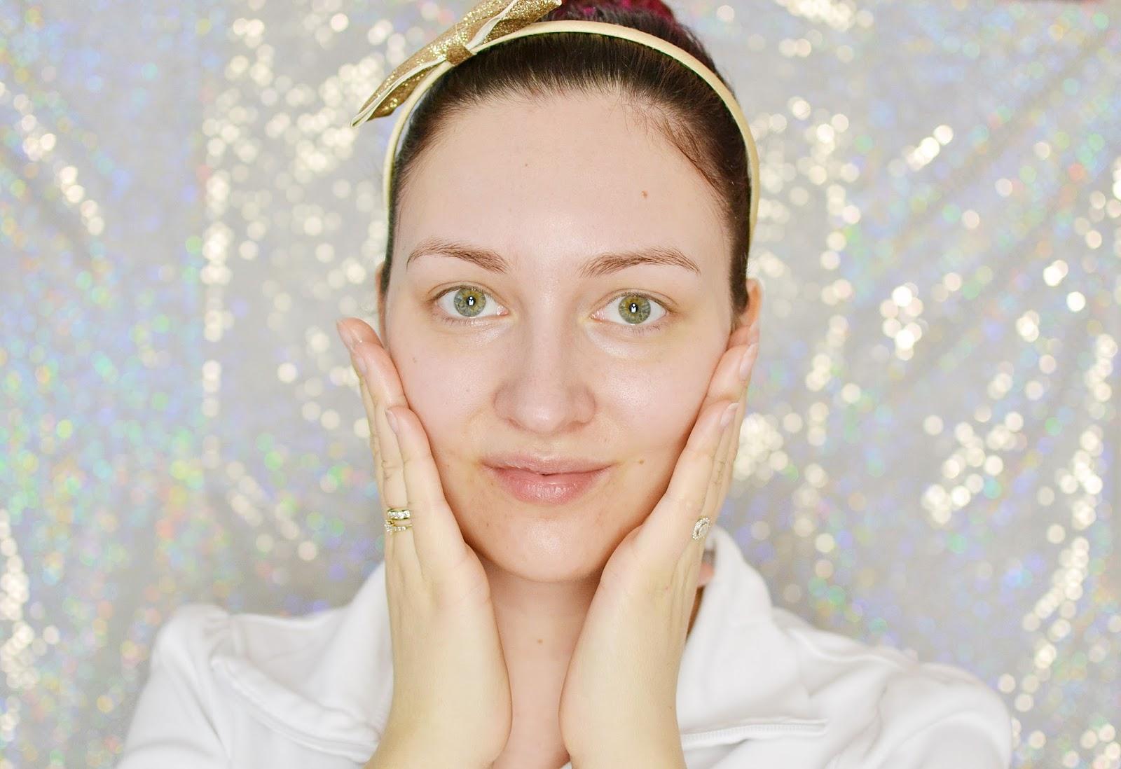pielęgnacja i makijaż dla cery mieszanej, trądzikowej