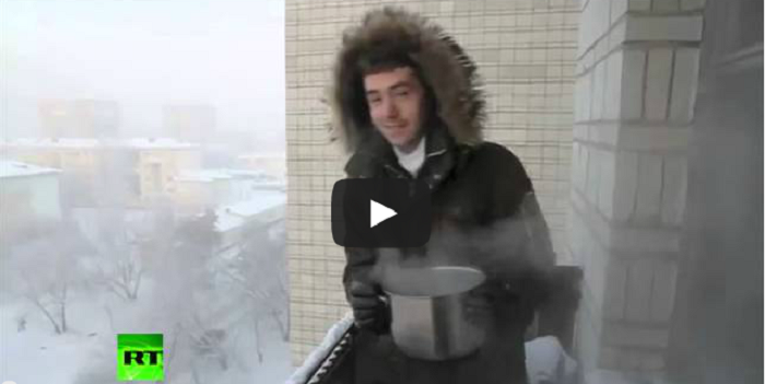 Crazy Russian Winter: What Happens To Boiling Water At -41C?