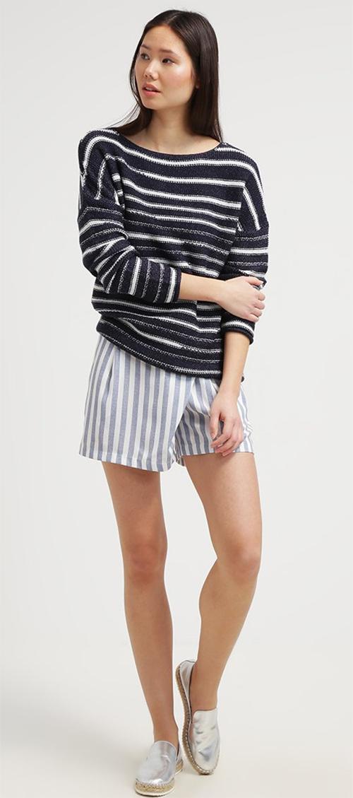 Pullover femme à rayures blanches et bleues KIOMI