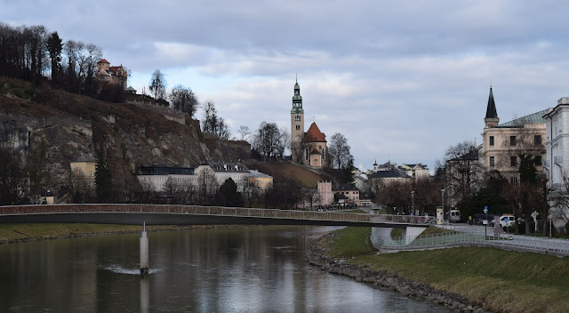 Salzburg, Makartsteg bridge, Mülln Church