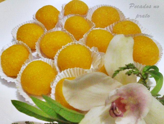 Bonbons de coco simples e deliciosos