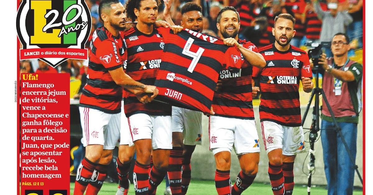 Flamengo derrota Chapecoense e homenageia zagueiro Juan - São Paulo vence  Bahia e Sport Recife empata com Cruzeiro  9ca90cc0d3860