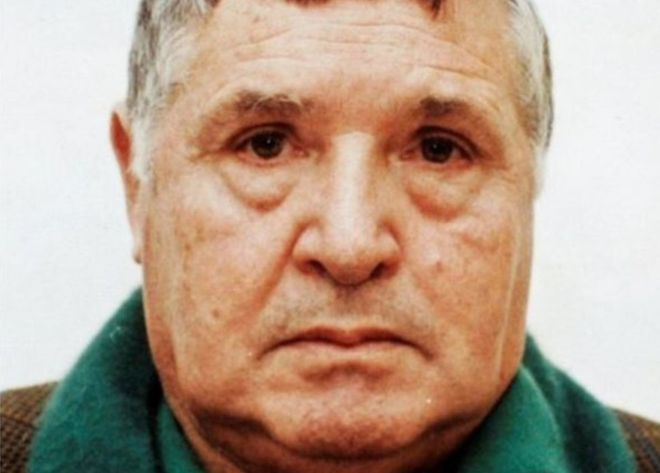 Toto Riina, Mafia 'boss of bosses', dies in jail aged 87