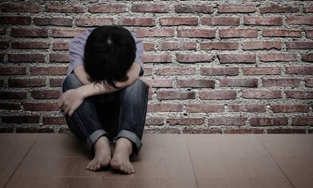Αρρωστημένη υποκρισία, με θύματα… τα ίδια μας τα παιδιά