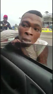 VIDEO: See What Happened To This Thief Who Attempted To Steal A Phone From Passengers Of A Moving Vehicle