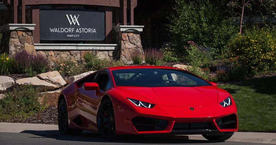 lamborghini teams up with waldorf hotels to offer guests huracan test drives. Black Bedroom Furniture Sets. Home Design Ideas