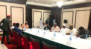 Buhari in emergency meeting with 7 governors