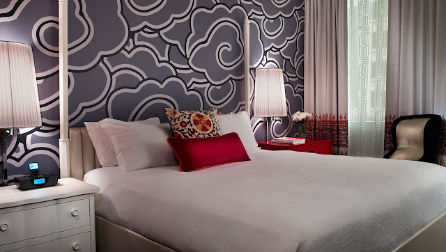 With an ideal downtown location, Hotel Monaco a Kimpton boutique luxury Seattle hotel is just steps from all of the incredible sights and sounds of region.