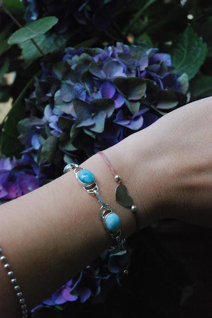 Larimar, una pietra preziosa dalla repubblica domenicana, larimar jewelry, gioeilli larimar, valentina rago fashion need, valentina rago blog, fashion need, lamir gioielli santo domingo, gioielli semplici eleganti