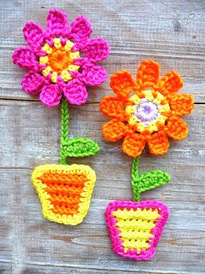 crochet applique flowers