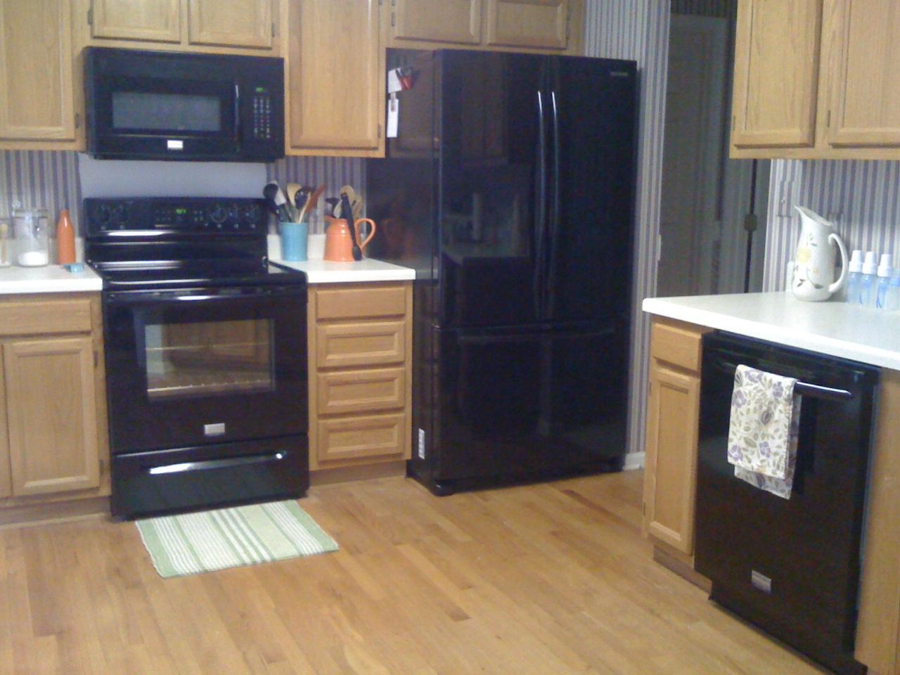 Black Stove And Refrigerator Home Design Ideas