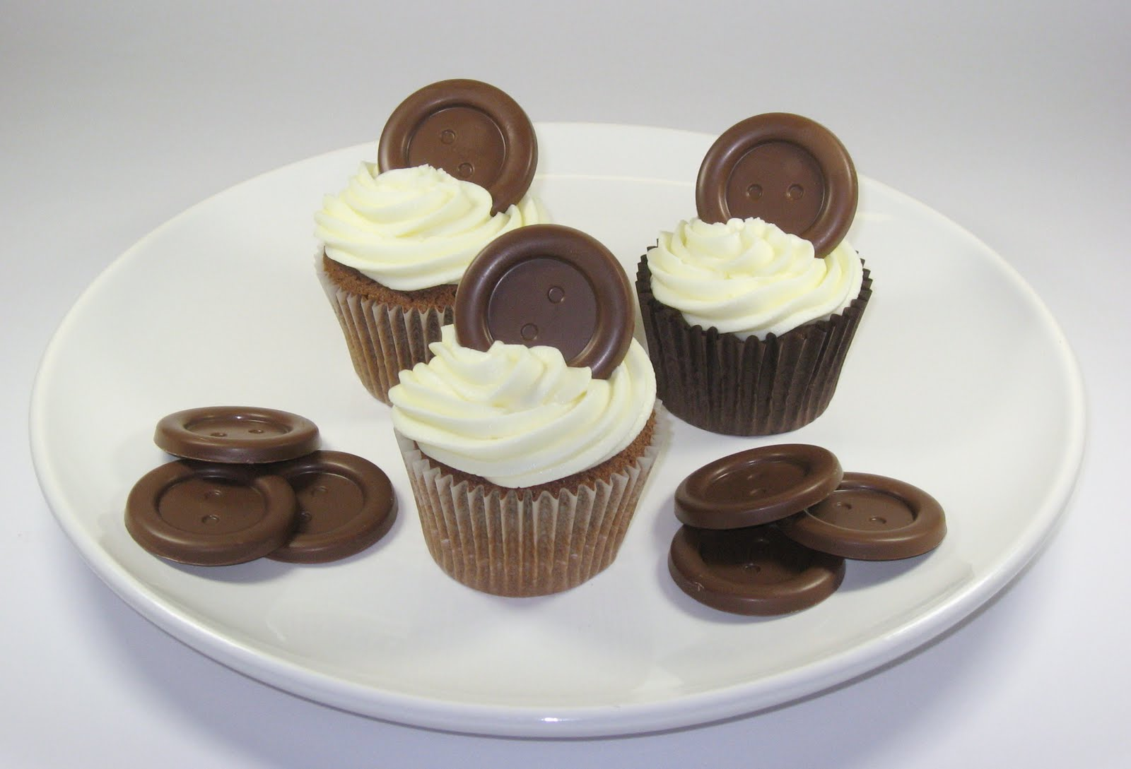 Kitchen Delights Giant Chocolate Buttons Cupcakes - National Cupcake Week 12-18 September 2011 : chocolate cupcake decorating ideas - www.pureclipart.com