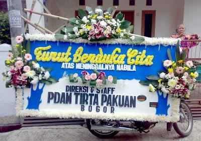 Kirim Bunga Duka Cita ke Rumah Duka Bandung