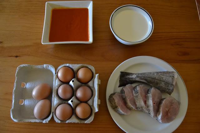 ous de pagès, crema de llet, tomàquet fregit i peix de proximitat