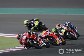 MOTO GP - Dovizioso gana el pulso a Márquez en la última recta del circuito de Losail