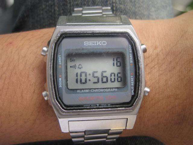 SEIKO DIGITAL SPORTS 100 A914-5000 CIRCA JUNI 1984. Pilihan pada jam digital  ini mampu menghilangkan sedikit kejenuhan pada arloji mekanis yang kita  miliki ... a81dbe942d
