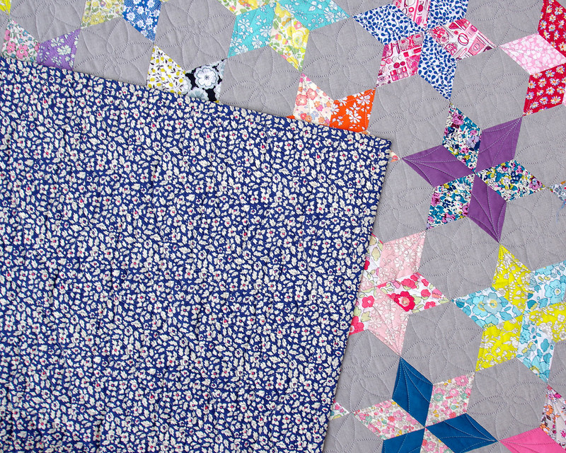 Liberty Stars Quilt - English Paper Piecing | © Red Pepper Quilts 2018