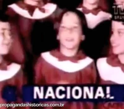 Propaganda do Banco Nacional para o Natal de 1985. Coral de crianças com um dos jingles mais famosos da publicidade brasileira.