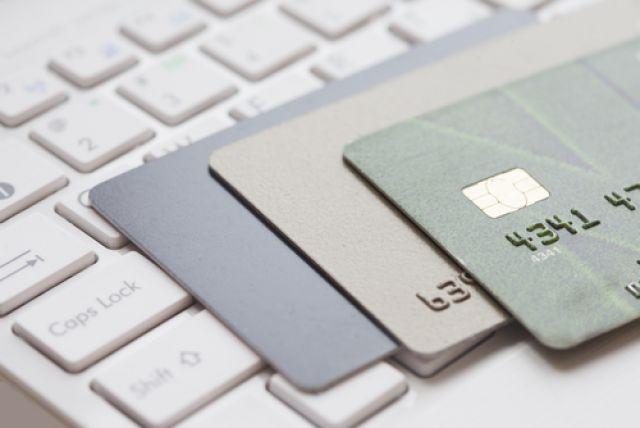 Помогают ли доходные карты копить деньги? Эксперимент