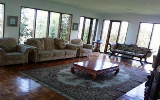 Villa Living Room Luas Di Lembang