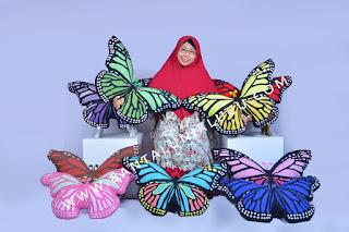 bantal kupu-kupu monarch