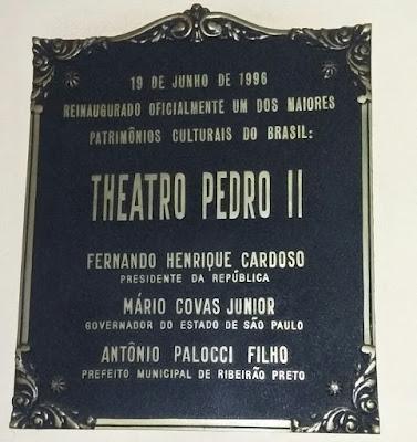 Placa de reinauguração do Theatro Pedro II